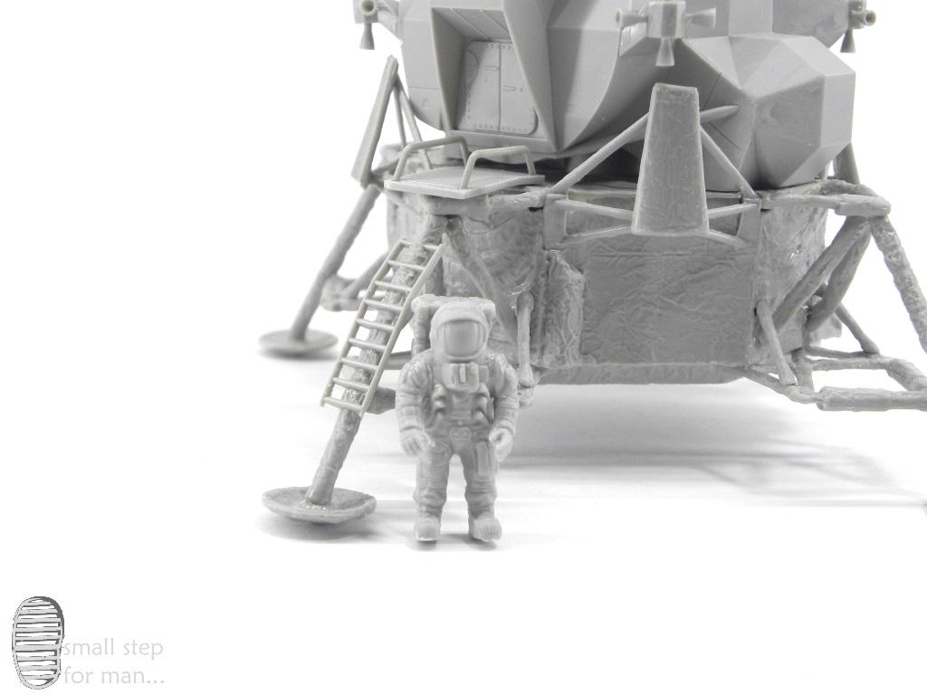 Bau::LEM mit Astronaut