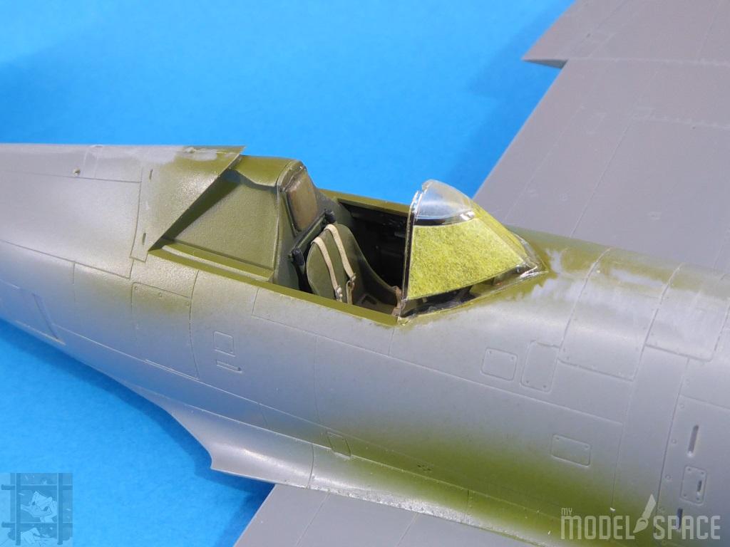 Cockpitverglasung:Abgeklebt mit Tamiya Tape