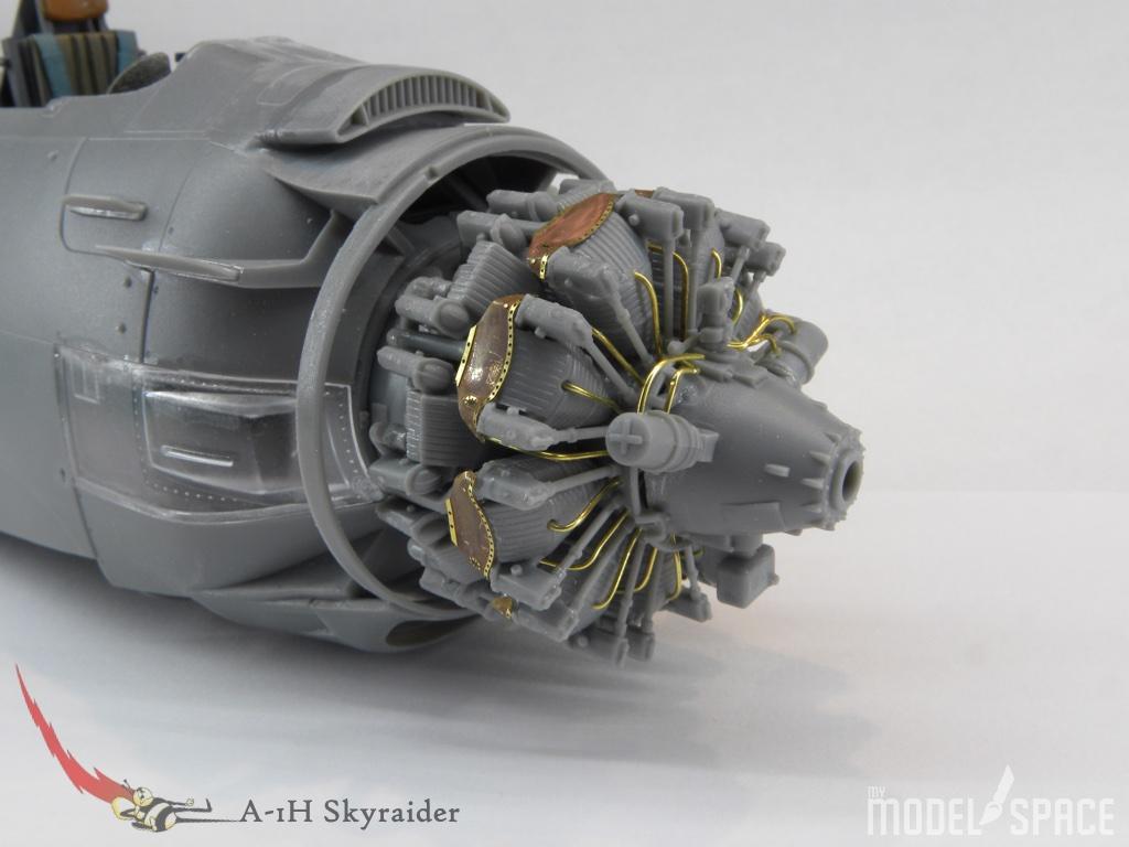 Motor::Der Motor ist zur Probe eingebaut